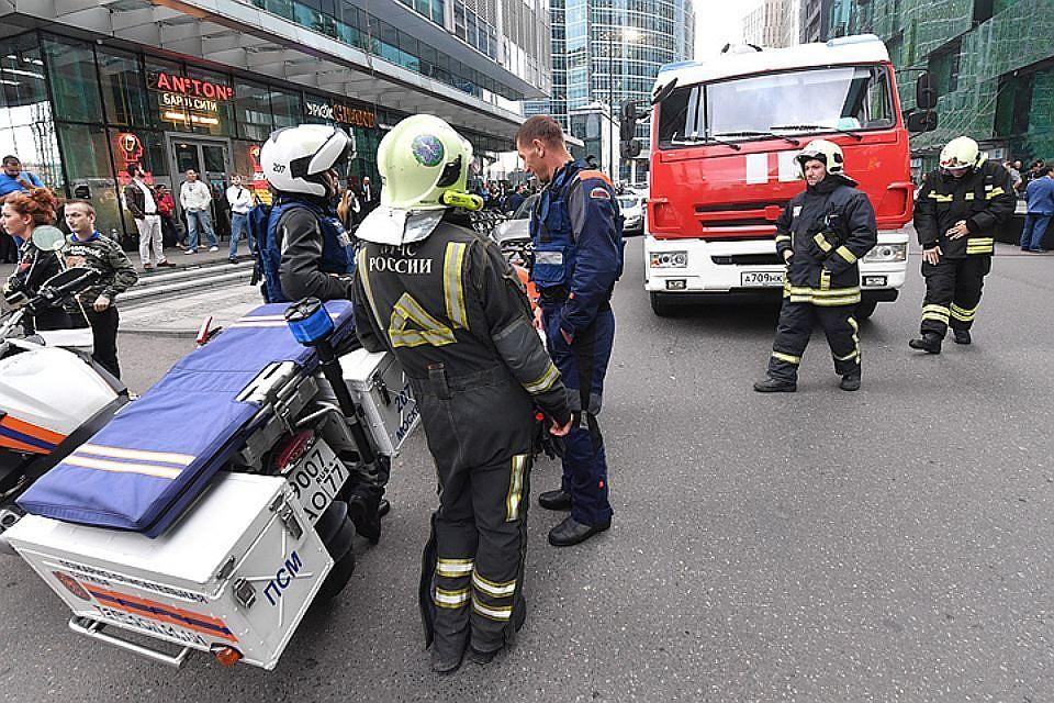 Угроза взрыва вТЦ ибизнес-центре насевере столицы оказалась ошибочной