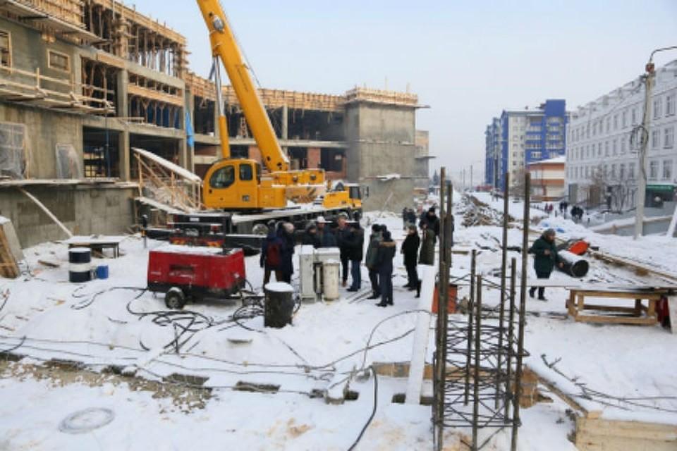 Встроящейся вИркутске школе №19 окончено бетонирование чаши бассейна