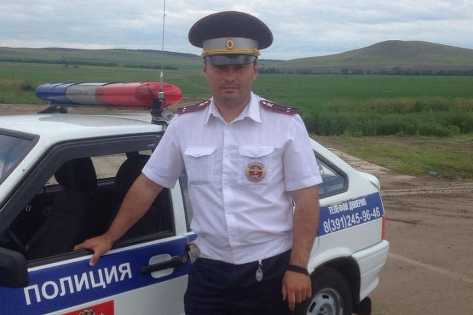 ВКрасноярске лейтенанта ДПС лишили премии, так как большое количество усмехался