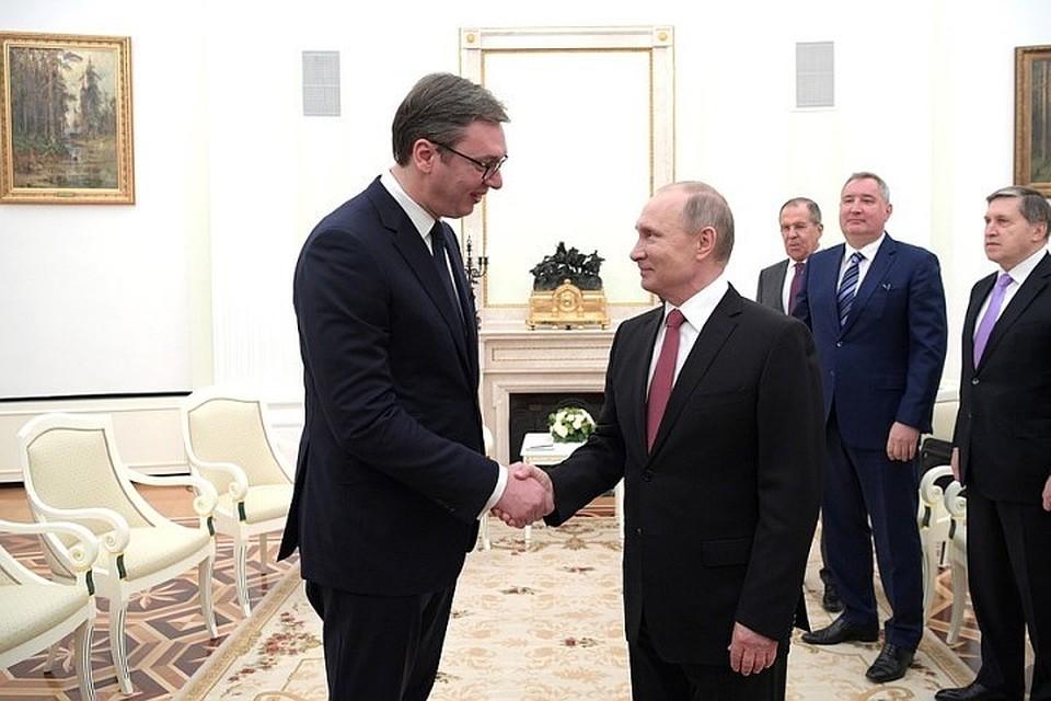 Владимир Путин встретится спрезидентом Сербии в столицеРФ