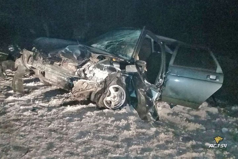 Врайоне Кольцово в ужасающей  автоаварии погибла женщина