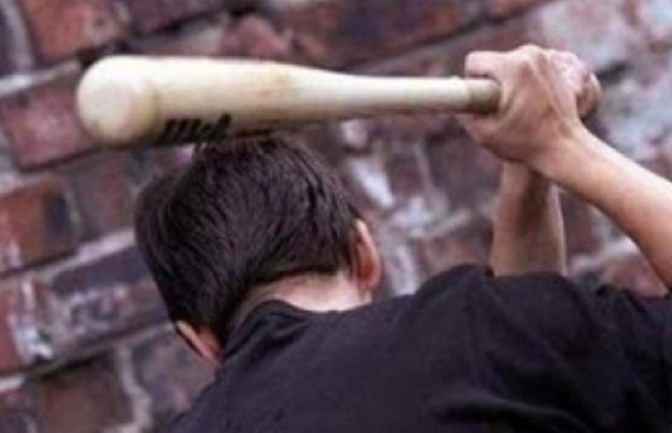 Мужчина досмерти забил соседа бейсбольной битой вДинском районе
