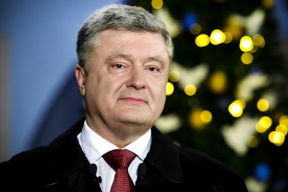 Пушков назвал цинизмом новогоднее поздравление Порошенко