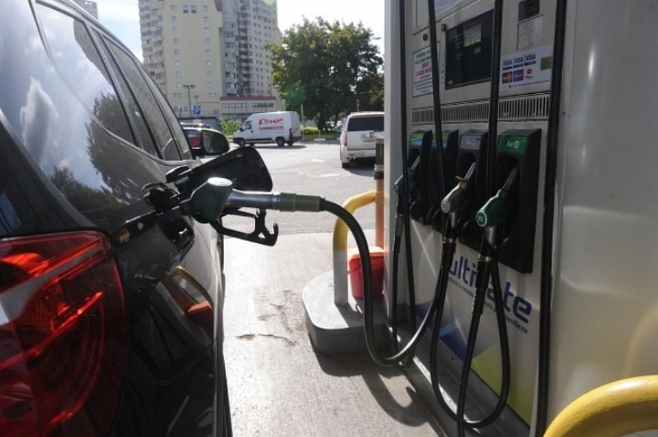 ВКраснодаре шоферу, незаплатившему тысячу руб. забензин, угрожает 4 года