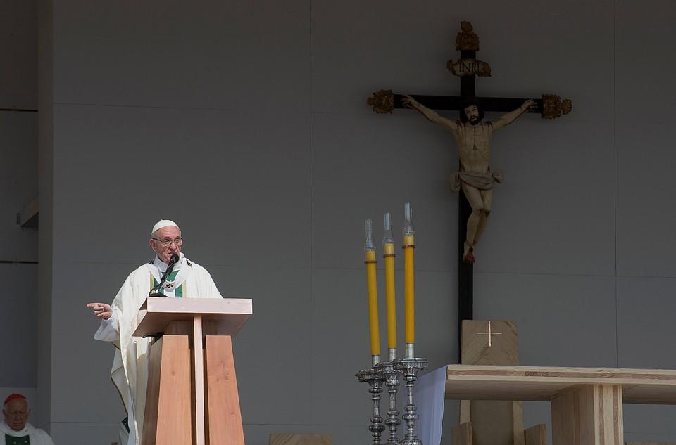 Папа Римский встретился сжертвами сексуального насилия