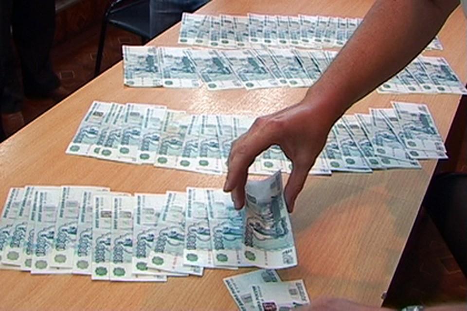 Госслужащие две тысячи раз нарушали закон вРостовской области