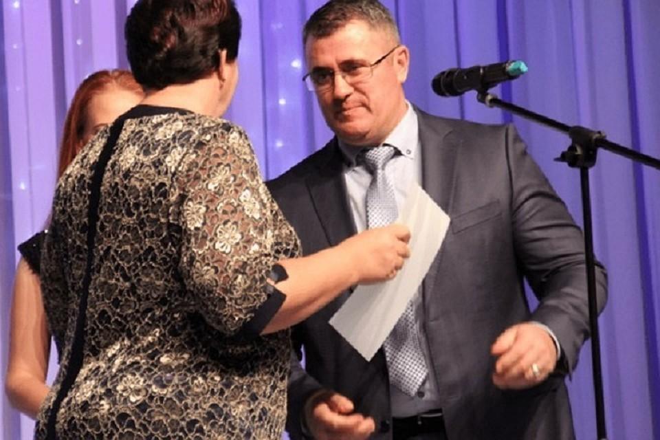 Экс-директор теплосети вНевинномысске ответит перед судом завымогательство взятки