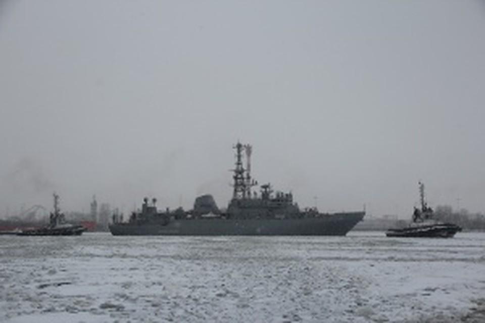ВБалтийское море для испытаний вышло судно связи «Иван Хурс»
