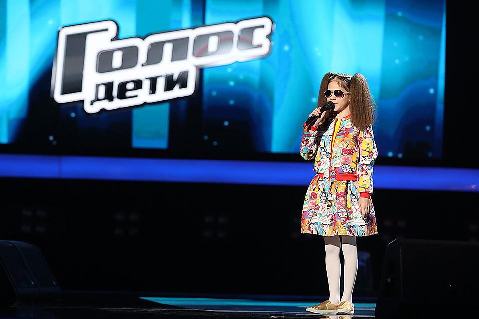Незрячая эстрадная певица изКазани прошла отбор вшоу «Голос. Дети»