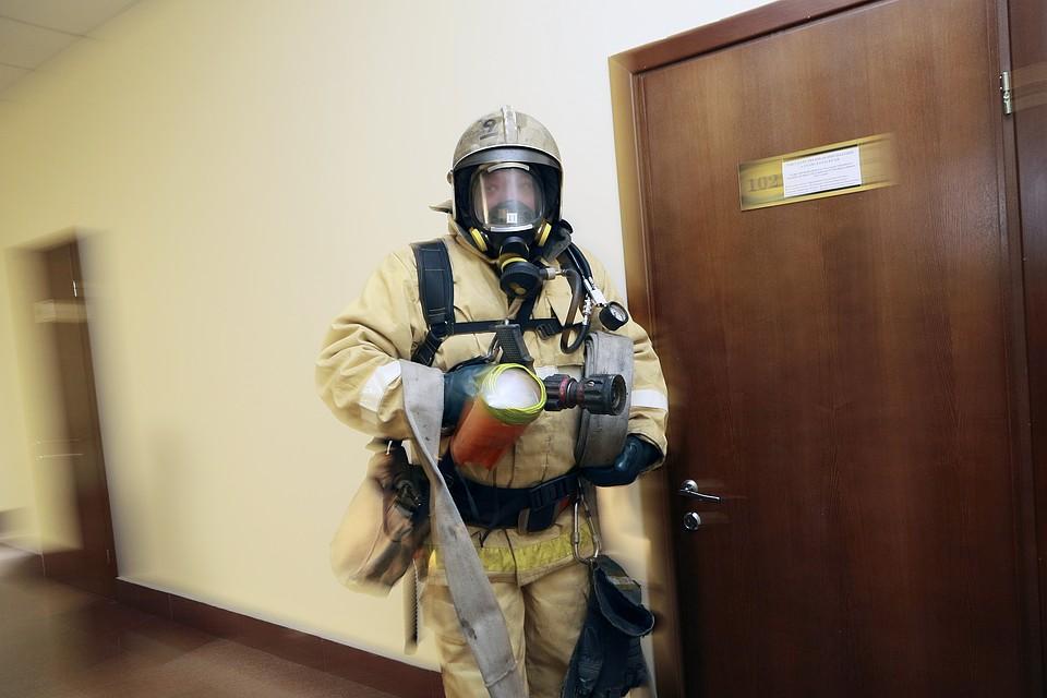 Возгорание утеплителя случилось вмногоэтажном здании юрфака МГУ