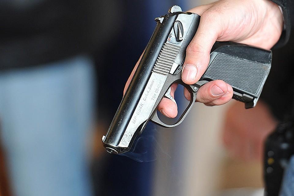 В столице неизвестные обстреляли мужчину и исчезли сместа происшествия