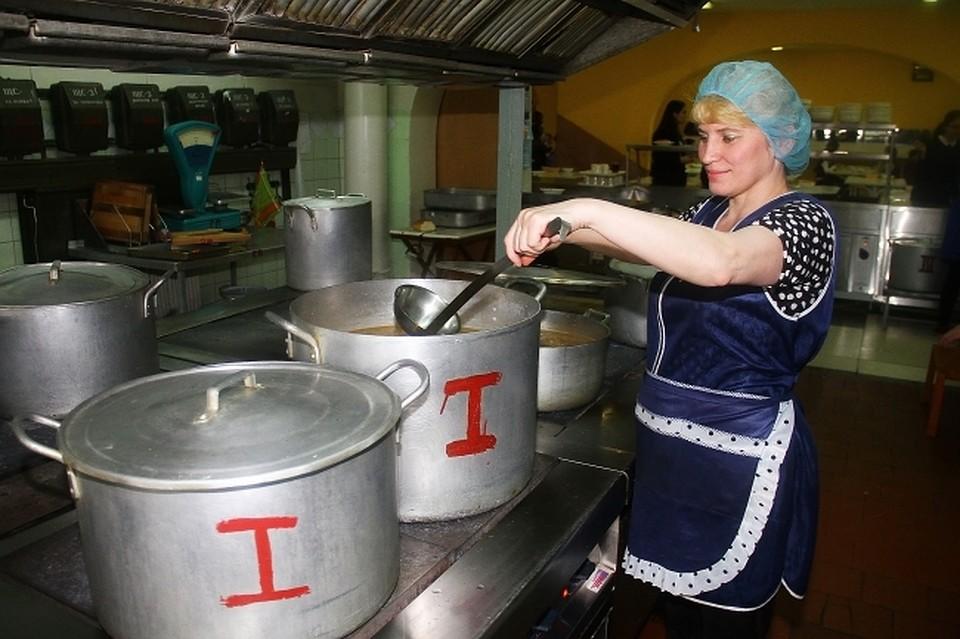 Вшколы, садики и клиники поставляли запрещенную свинину вместо говядины