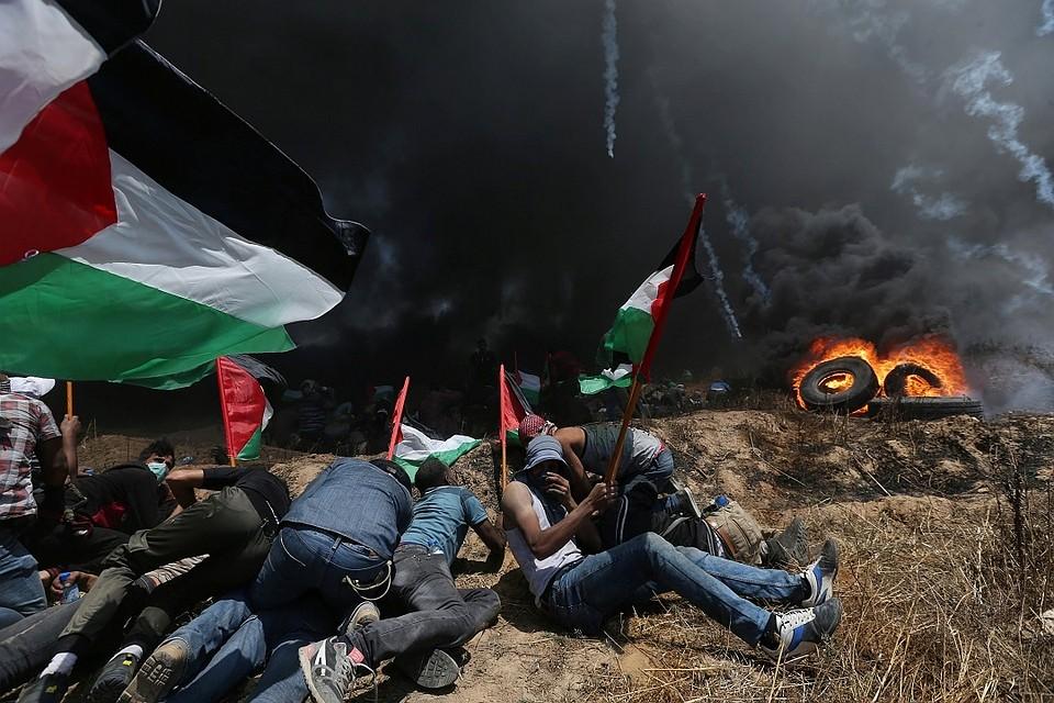 ВГазе убиты десятки участников акции против переноса посольства США вИерусалим