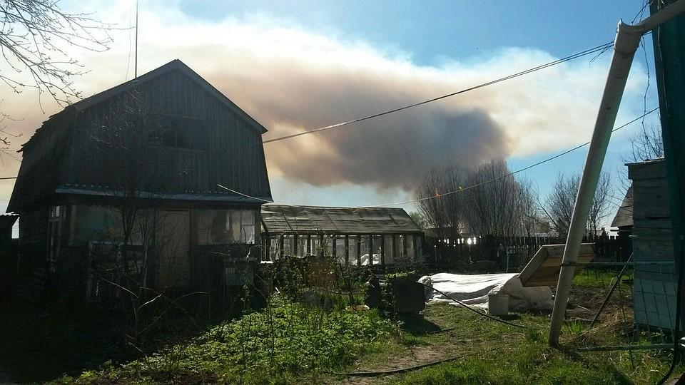 Граждан села Пугачево вУдмуртии эвакуируют из-за взрывов настаром складе боеприпасов