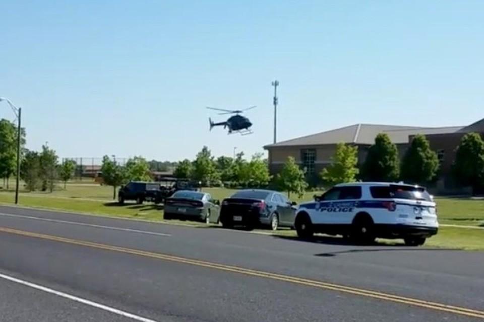 ВСША при падении вертолета пострадали два человека