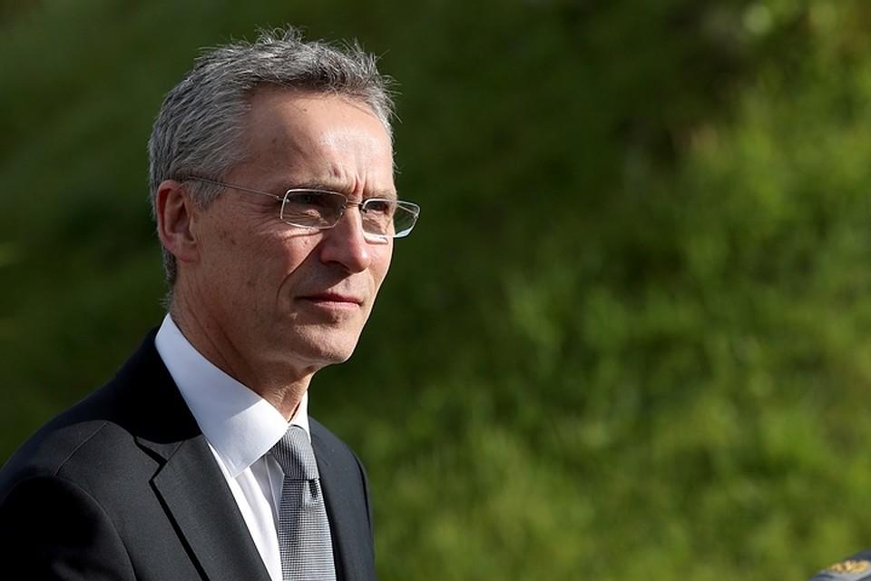 Столтенберг заявил, что саммит НАТО объявит оприглашении Македонии в союз