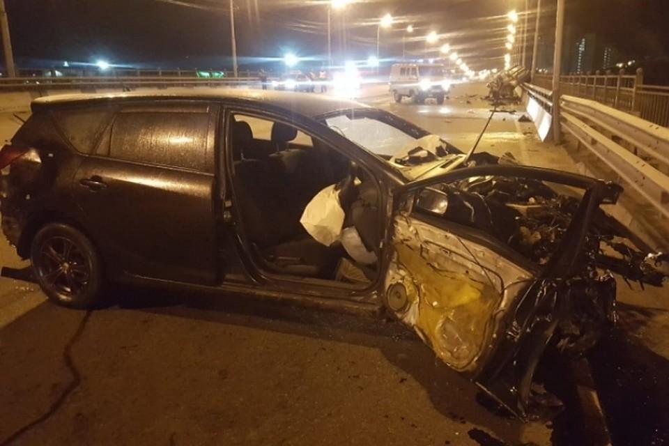 Трое человек погибли вДТП наИркутном мосту вИркутске