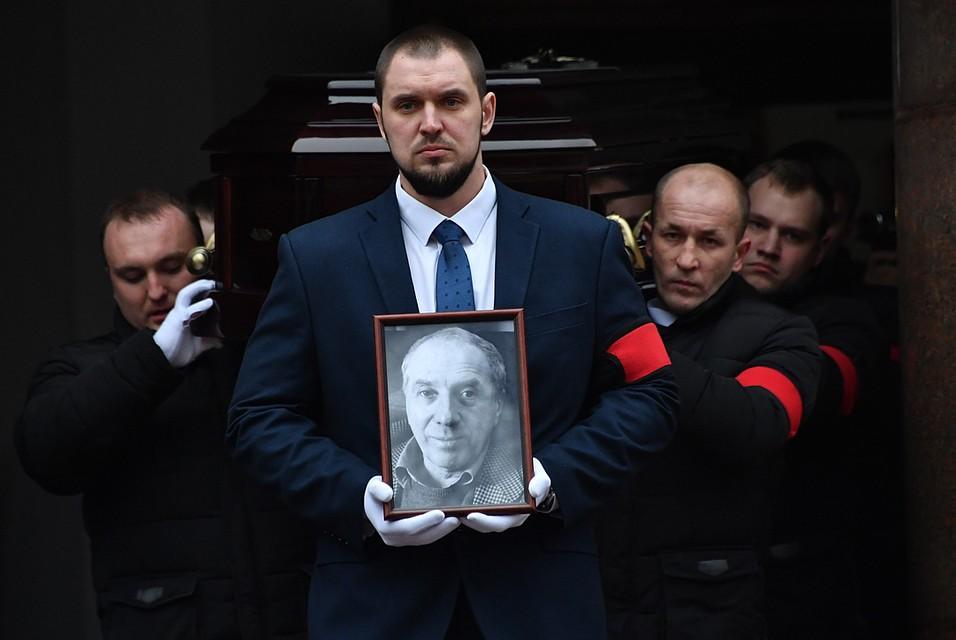 Евгению Стеблову стало плохо напрощании сСергеем Юрским