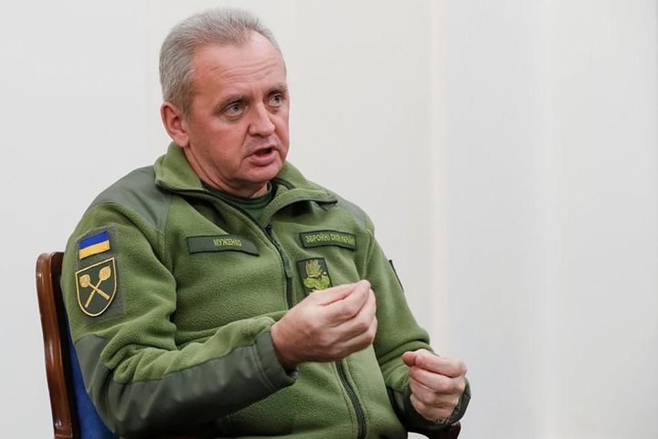 Муженко: РФ  заканчивает  формирование ударных соединений награнице с Украинским государством