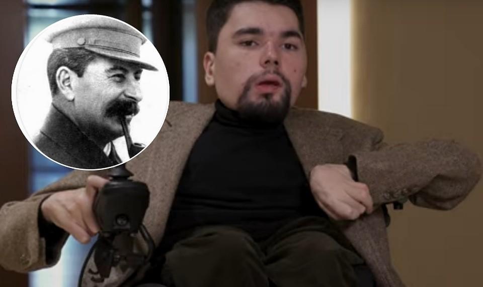 В России обыскивают родственников популярного оппозиционного блогера