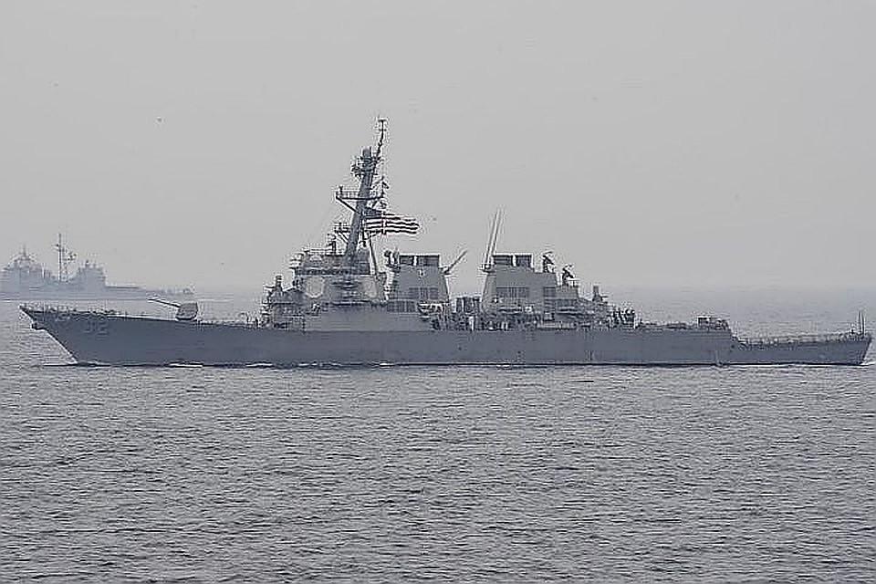 Черноморский флот взял под контроль американский эсминец Porter
