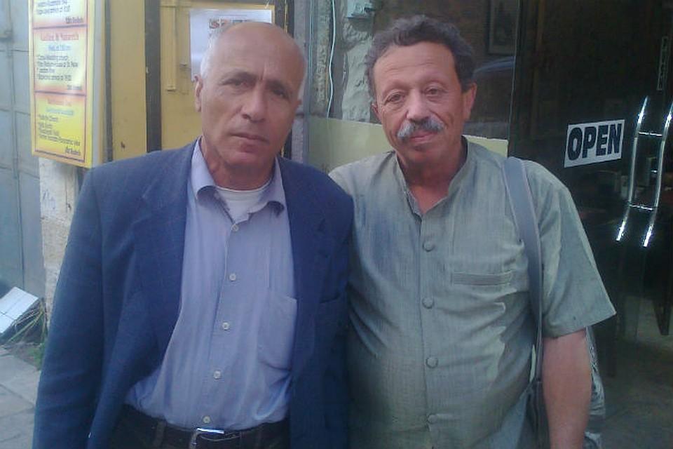 """Моти Вануну (слева) и корреспондент """"КП"""" Исраэль Шамир в Иерусалиме."""