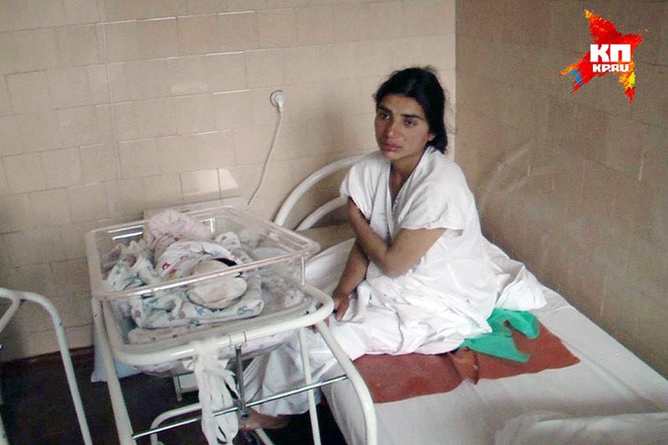 28-летняя Шаира со скандалом родила четвертого ребенка