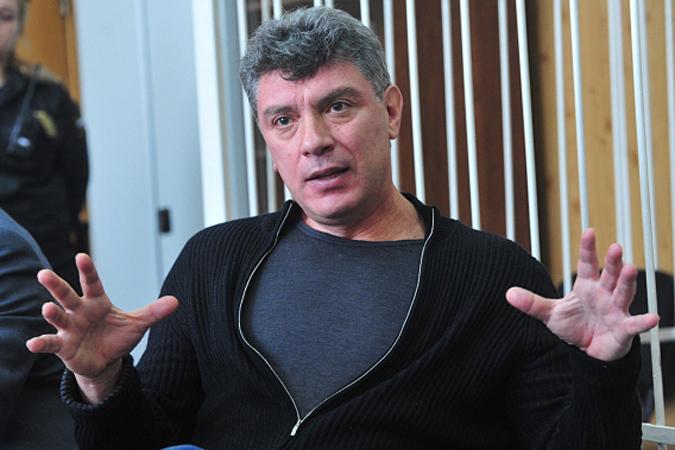 Бывший вице-премьер РФ Немцов не может попасть на Украину