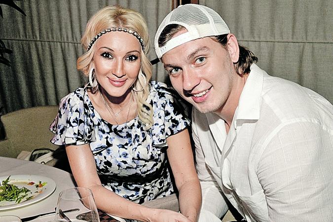 Лера Кудрявцева и Игорь Макаров (+16 лет).