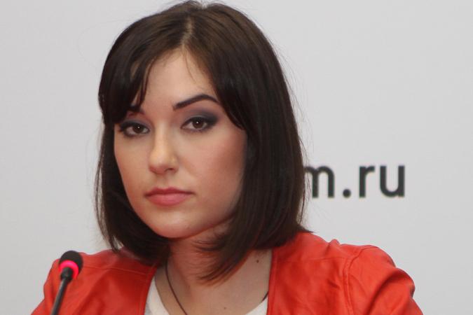 В этот четверг в Москву прилетела Саша Грей