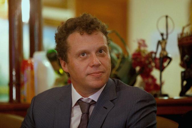 Сергей Полонский намерен жениться на своей давней подруге Ольге Дерипаске и отметить свадьбу прямо в СИЗО