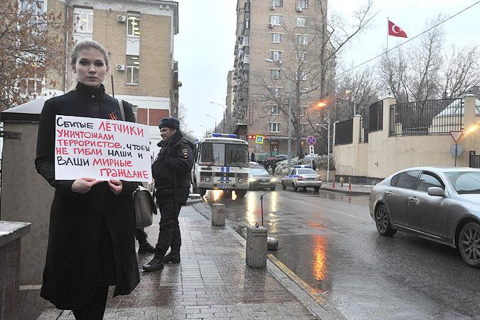 Наш колумнист - ректор СПбГУП рассуждает, почему в нашей стране нет антитурецкой истерии.