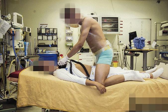 Педиатры и медсестры организовали фотосессию прямо в стенах клиники