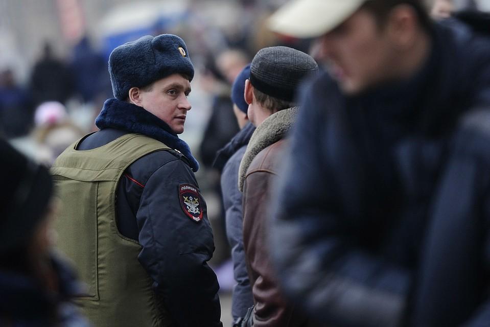 Двое патрульных арестовали целую банду молдаван. Фото: ИТАР-ТАСС/ Сергей Бобылев