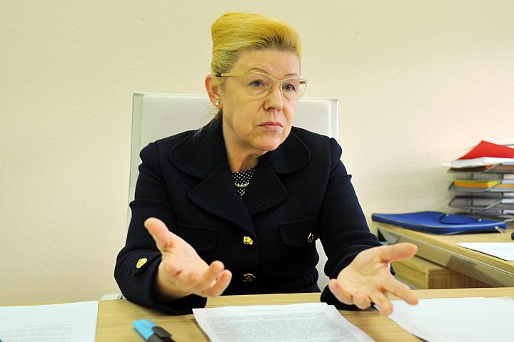 Елена Мизулина считает оправданным запрет на усыновление российских детей