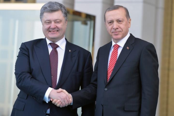 Петр Порошенко с президентом Турции Реджепом Тайипом Эрдоганом в Анкаре 9 марта