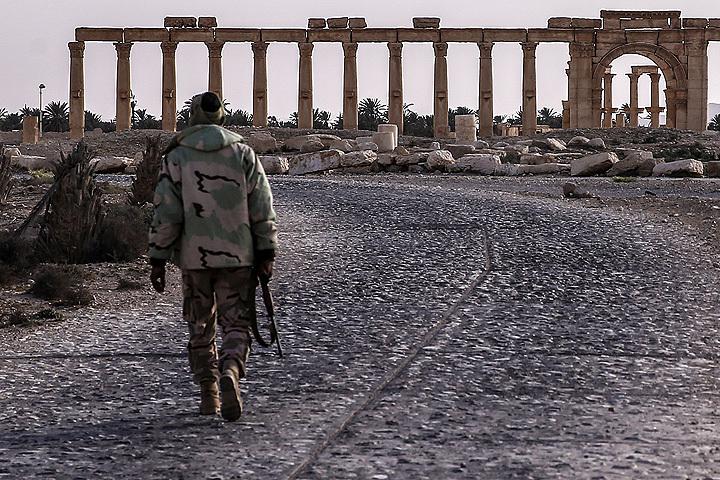 27 марта 2016 года бойцы сирийской армии и отряды народного ополчения полностью освободили Пальмиру. Фото: Валерий Шарифулин/ТАСС