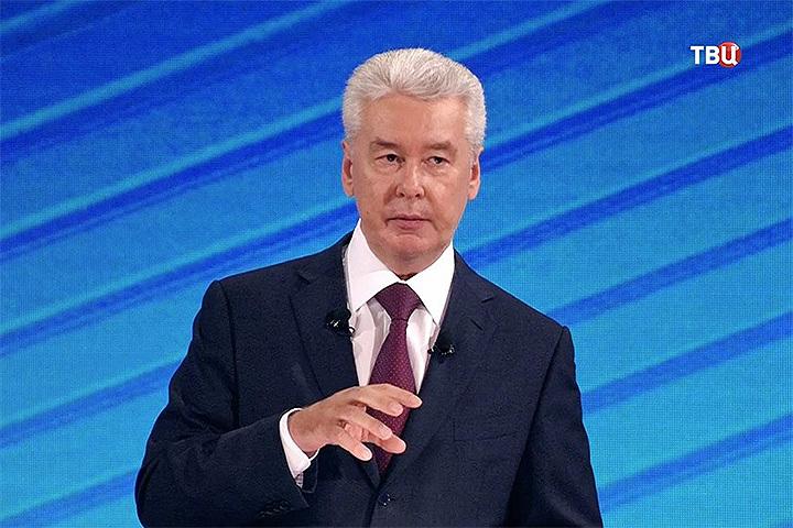 Сергей Собянин ответил на вопросы москвичей в прямом эфире телеканала «ТВ Центр». ФОТО: ТВ Центр