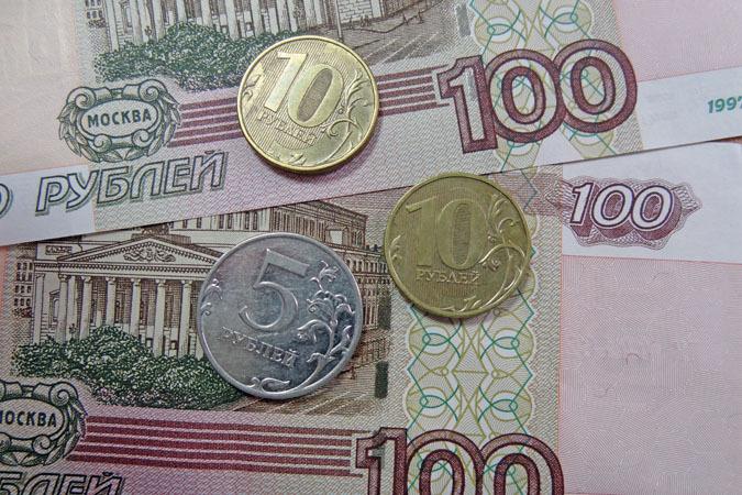 Работающим пенсионерам летом добавят 222 рубля 81 копейку