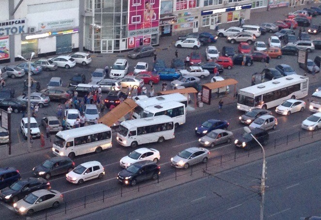 Водителя маршрутки после ДТП вРостове привлекли кадминистративной ответственности