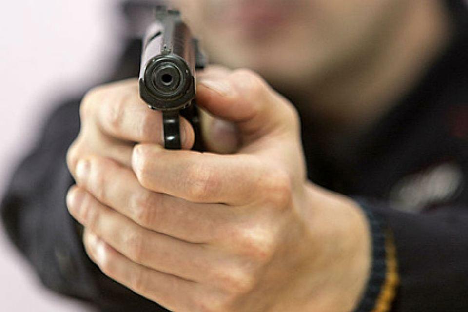 Сотрудника ФСО вПетербурге подозревают вограблении подростка