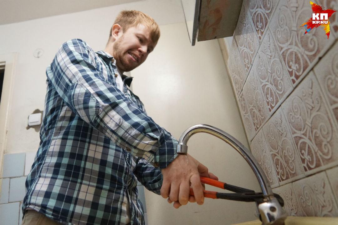 Срывы сроков подключения домов кгорячей воде после опрессовки недопустимы— Александр Перескоков