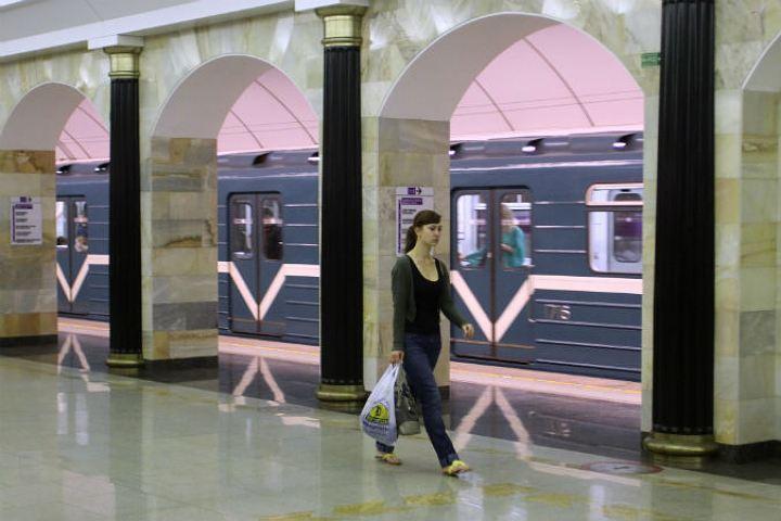 Залето ночной поезд-челнок вметро перевез 9,2 тысячи пассажиров