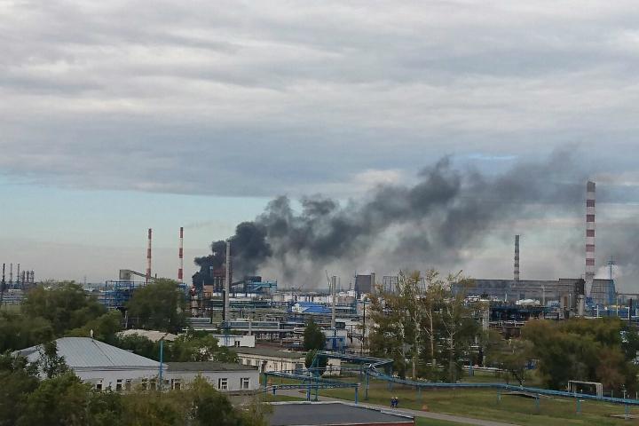 Пожар накоксовой установке Омского нефтезавода потушен за32 мин.