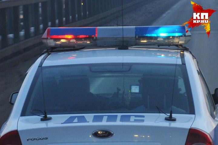 ВБрянске шофёр Мицубиси врезался востановившийся перед светофором ВАЗ