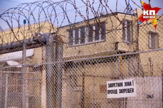Жителю Североуральска, убившему 2-х «сильно шумевших» соседей угрожает пожизненное лишение свободы