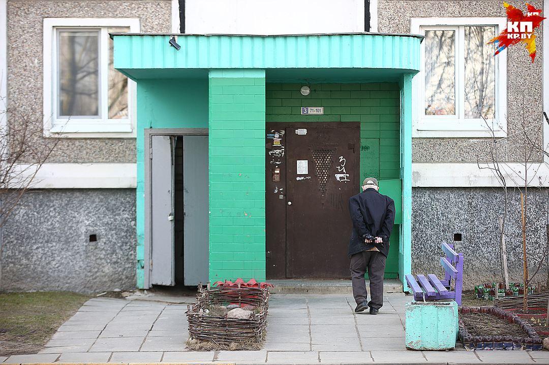 63-летний гражданин Барановичей выпал изокна 5-ого этажа и умер