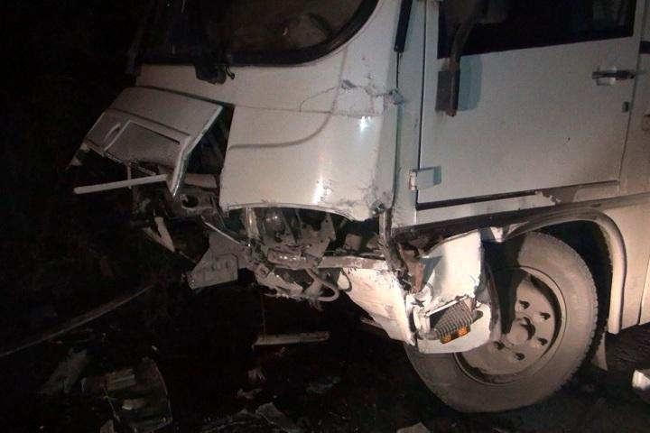 21-летний шофёр «Mercedes» умер вДТП савтобусом вВологде