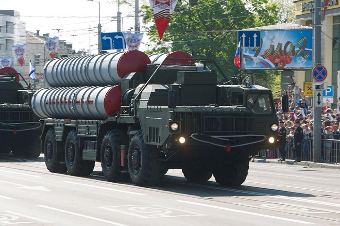 ВЛенобласти развернут два дивизионных набора ЗРК С-400 «Триумф»