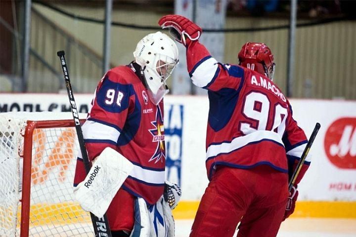 ВИжевске тренерХК «Ижсталь» извинился перед болельщиками за«бездарную» игру